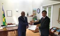 Đại sứ Việt Nam Đào Thành Chung trình Quốc thư tại Saint Vincent và Grenadines