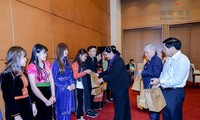 Lãnh đạo Quốc hội gặp mặt đoàn học sinh, sinh viên dân tộc thiểu số tiêu biểu