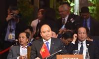 Thủ tướng Nguyễn Xuân Phúc phát biểu tại Hội nghị Cấp cao ASEAN-Ấn Độ lần thứ 15