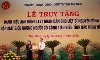 Phó Chủ tịch nước trao danh hiệu Anh hùng LLVT Nhân dân cho Liệt sỹ Nguyễn Đình Xô