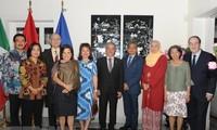 Đại sứ quán Việt Nam tại Mexico kỷ niệm 23 năm Việt Nam gia nhập ASEAN