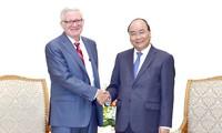 Thủ tướng Nguyễn Xuân Phúc tiếp Thứ trưởng Thương mại Hoa Kỳ