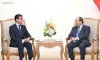 Thủ tướng Nguyễn Xuân Phúc tiếp khách các nước Trung Quốc, Nhật Bản, Hàn Quốc, nhân dịp sang VN dự Hội nghị Diễn đàn kinh tế thế giới về ASEAN  2018