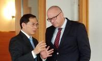 Thứ trưởng Thường trực Bộ Ngoại giao Bùi Thanh Sơn hội đàm với Quốc Vụ khanh Bộ Ngoại giao Đức Andreas Michaelis