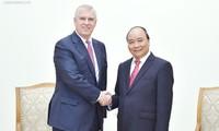 Thủ tướng Nguyễn Xuân Phúc tiếp Hoàng tử Anh