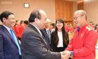 Thủ tướng Nguyễn Xuân Phúc gặp mặt Đội tuyển bóng đá nam Quốc gia Việt Nam