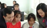 Viettel tổ chức bàn giao hàng loạt công trình hỗ trợ huyện nghèo