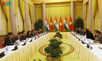 Phó Chủ tịch nước Đặng Thị Ngọc Thịnh hội đàm với Phó Tổng thống Ấn Độ Venkaiah Naidu
