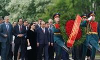 Thủ tướng Nguyễn Xuân Phúc tiếp tục nhiều hoạt động tại Saint Petersburg