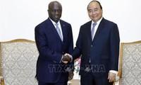 Thủ tướng Nguyễn Xuân Phúc tiếp Bộ trưởng Ngoại giao Bờ Biển Ngà Marcel Amon Tanoh