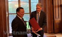 Việt Nam và Vương quốc Anh chia sẻ kinh nghiệm trong lĩnh vực tài chính