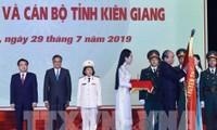 Thủ tướng Nguyễn Xuân Phúc trao Huân chương Độc lập Hạng Nhất cho tỉnh Kiên Giang