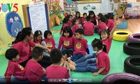 Thú vị như buổi học bảo vệ môi trường ở mẫu giáo Việt Triều