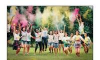 Yêu cuộc sống đầy sắc mầu như những cựu học sinh PTTH khóa 91-94 toàn Hà Nội