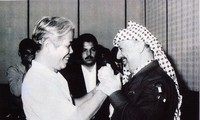 Hình ảnh nguyên Tổng Bí thư Đỗ Mười cùng lãnh đạo cấp cao nhiều nước