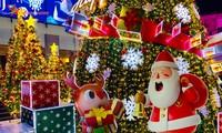 Hà Nội tràn ngập không khí Giáng sinh