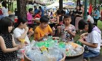 Thiếu nhi Việt Nam hành động chống rác thải nhựa