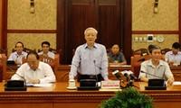 Vietnam verifica los 30 años de la renovación nacional
