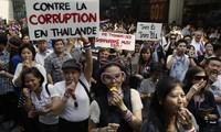 Fuerzas militares tailandeses llaman al diálogo político