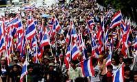 Protesta en Tailandia por libertad y democracia