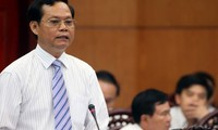 Continúan en el Parlamento vietnamita interpelaciones a miembros del gobierno