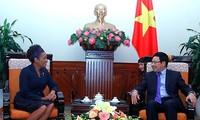 Valora Vietnam desarrollo de relaciones con Canadá y comunidad francófona
