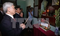Líder partidista rinde homenaje a presidente Ho Chi Minh