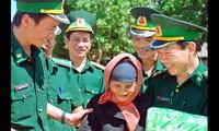 Puesto de guardia fronteriza en el cruce internacional de Le Thanh cultiva amistad Vietnam - Camboya