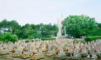 Miles visitantes expresan gratitud a los mártires vietnamitas en Quang Tri