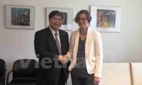 Vietnam y Alemania refuerzan cooperación entre sus localidades