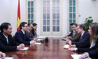 Vice premier vietnamita recibe al embajador de la Unión Europea
