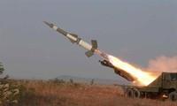Corea del Norte lanza al mar un misil antiaéreo