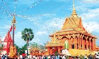 Felicitan a embajada camboyana en Vietnam por fiesta tradicional