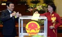 Continúan considerando en el Parlamento vietnamita remodelación de gobierno