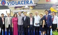 Productos de empresa vietnamita atraen visitantes internacionales en feria cubana de construcción