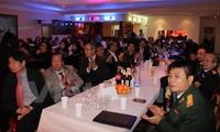 Vietnamitas en Alemania conmemoran aniversario 41 de la reunificación nacional