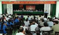 Aspirantes de elecciones generales vietnamitas se reúnen con electores
