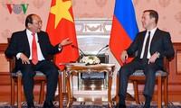 Refuerzan relaciones de amistad y asociación estratégica Vietnam-Rusia