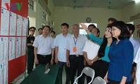 Dirigentes vietnamitas continúan visitas de supervisión para la jornada electoral legislativa