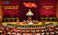 Decidido Vietnam a continuar con la renovación y centrar recursos en desarrollo socioeconómico