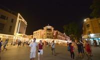 Bulliciosas calles peatonales en Hanoi