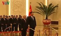 Acuerdan líderes de Vietnam y China medidas para fortalecer relaciones