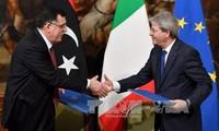 Firman Italia y Libia acuerdo migratorio