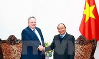 Vietnam y Grecia buscan intensificar relaciones bilaterales