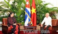 Vietnam y Cuba por estrechar cooperación parlamentaria e intercambio popular