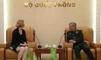 Vietnam quiere aprender experiencia de Nueva Zelanda en mantenimiento de paz