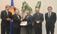 Vietnam contribuye activamente a actividades de la Asean en Chile