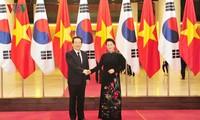 Vietnam considera a Corea del Sur como socio importante en economía, comercio e inversiones