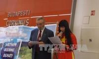 Celebran en Hungría acto en honor a belleza del mar e islas de Vietnam