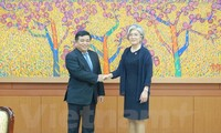 Empresas surcoreanas afirman su interés de ampliar los negocios y las inversiones en Vietnam